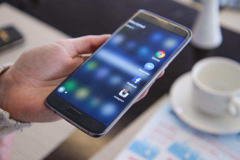 Samsung Galaxy S7 recensione, vale ancora la pena acquistarlo?