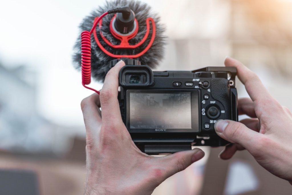 mirrorless per video
