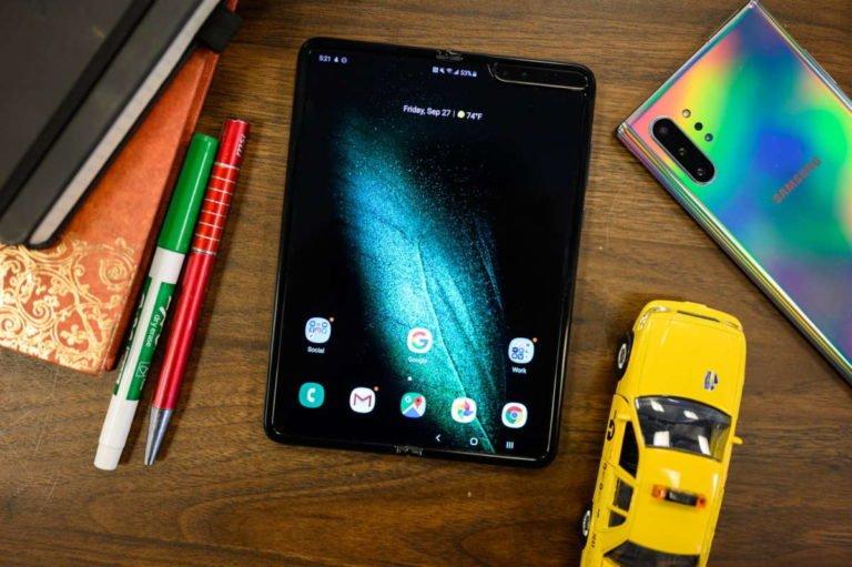 Samsung fa marcia indietro: non sono stati venduti un milione di Galaxy Fold