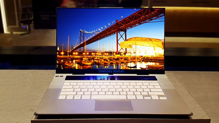 Samsung, ecco i display OLED a 90 Hz per i notebook